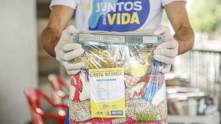 kits pedagógicos e cestas básicas em Recife